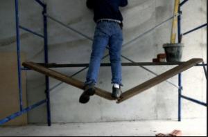 scaffold plank breaking